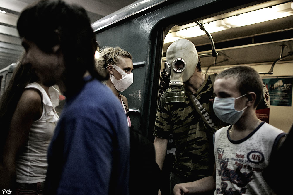 "фото ""метро 2010."" метки: жанр,"