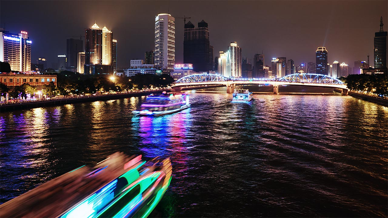 "photo ""Boats on Pearl RIver"" tags: city, travel, Asia"