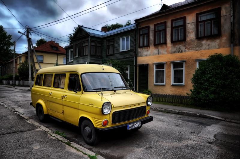 """фото """"желтый,желтый форд"""" метки: город, путешествия, Европа"""
