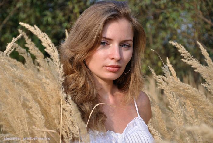 "photo ""Summer"" tags: portrait, woman"