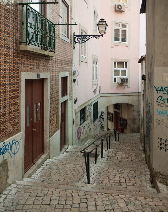 "photo ""Bystreet"" tags: architecture, travel, landscape, Europe"