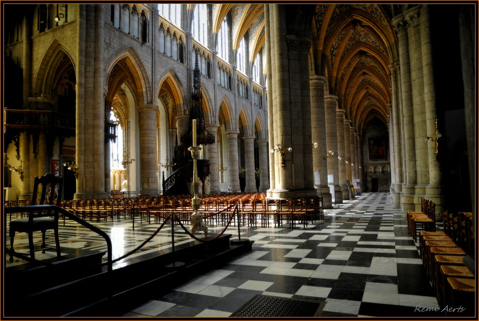 "photo ""Liege Cathedral"" tags: interior, reporting,"