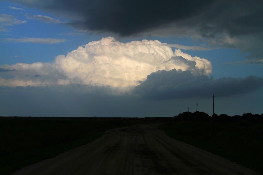 "фото ""Облако над полем"" метки: пейзаж, облака"