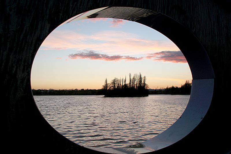 "фото ""Overlooking the island / Пропуск острова."" метки: пейзаж, вода, осень"