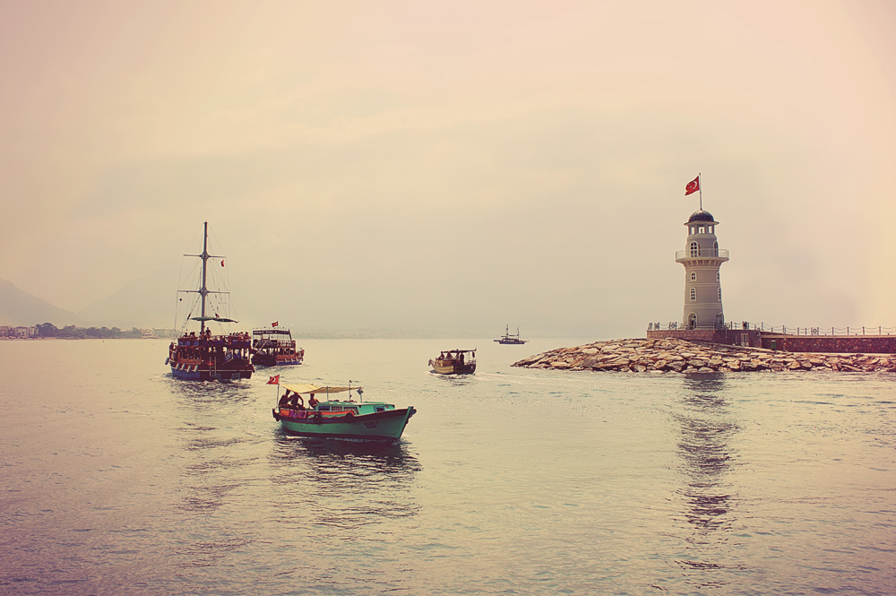 "photo ""Port of Alanya"" tags: landscape, summer, water"