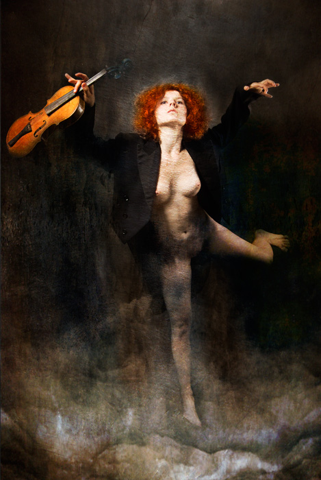 "photo ""Violinist"" tags: nude,"
