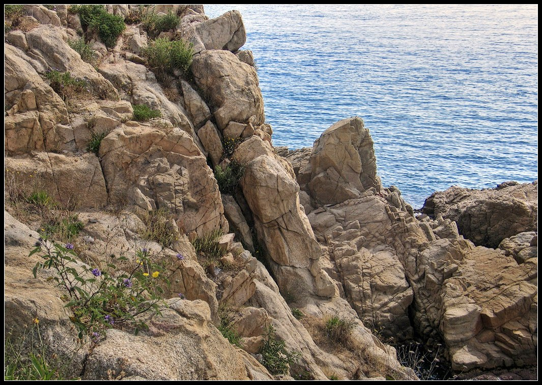 """photo """"rock above the sea"""" tags: landscape, summer, water"""
