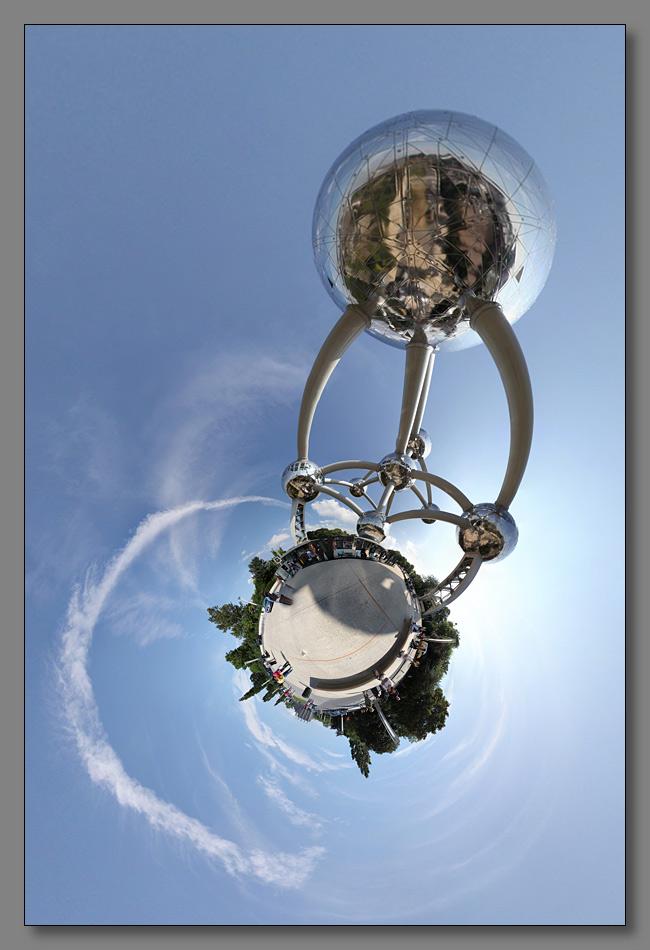 """фото """"Атомиум. Стереографическая проекция."""" метки: архитектура, панорама, пейзаж,"""