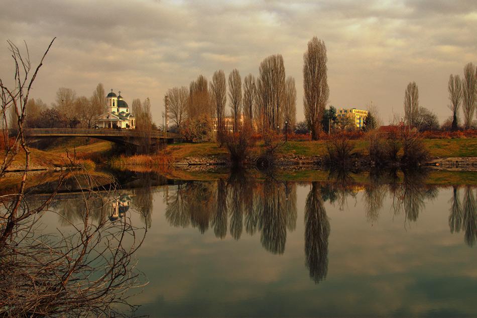 """фото """"Ранним воскресным утром"""" метки: пейзаж, архитектура, вода"""