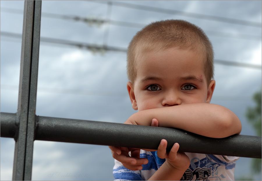 "фото ""Ожидание"" метки: портрет, дети"