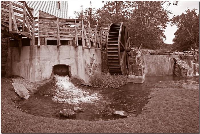 """фото """"The Ole Mill Stream"""" метки: архитектура, путешествия, пейзаж, Северная Америка"""
