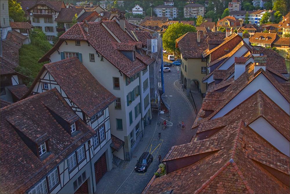 """фото """"улочка с черепичными крышами.."""" метки: архитектура, путешествия, пейзаж, Европа"""