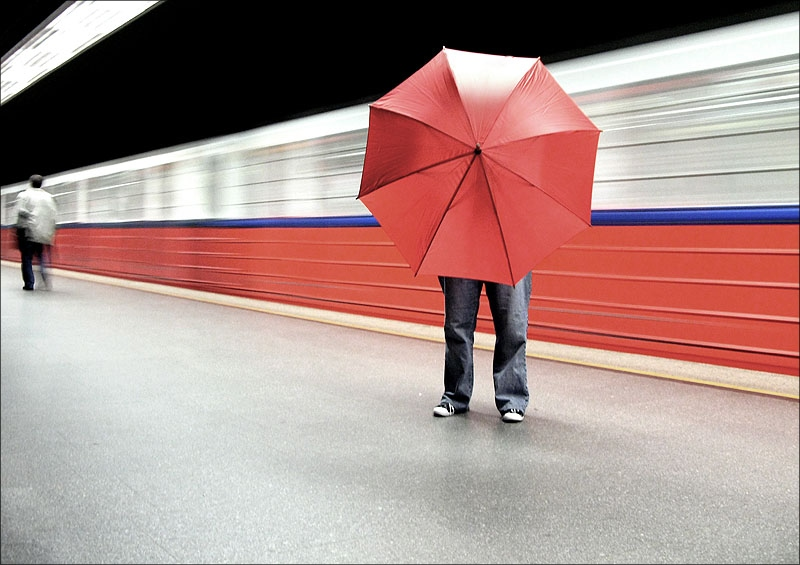 "фото ""red umbrellas identity:."" метки: город,"