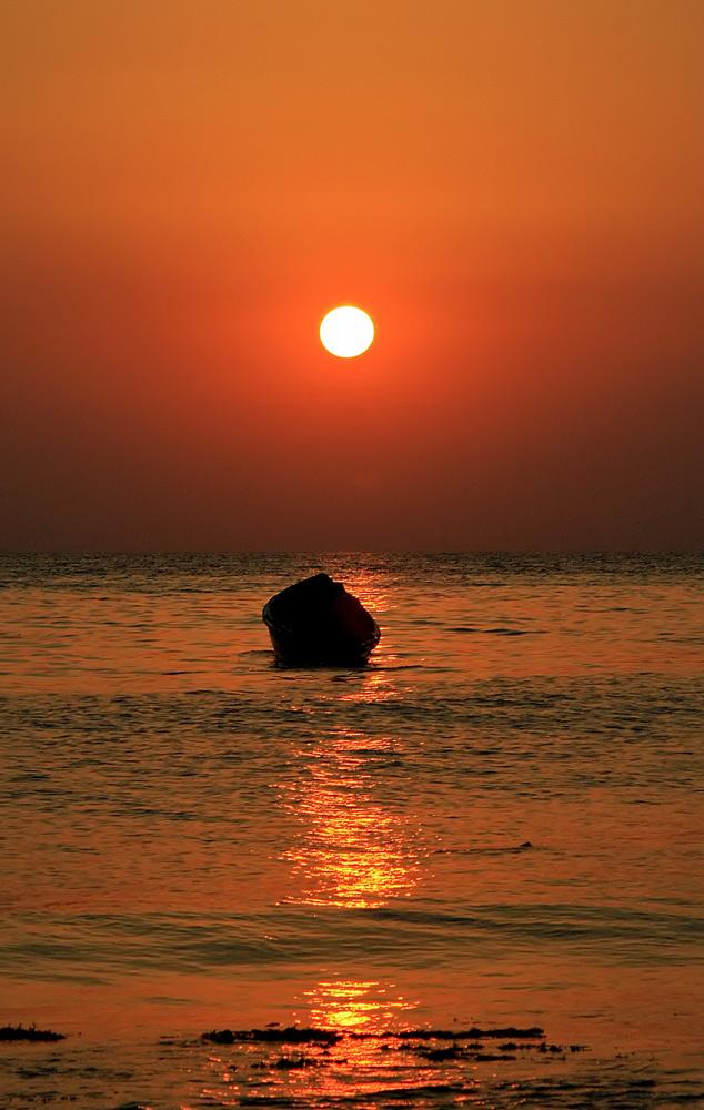 """фото """"Плывущий к солнцу"""" метки: пейзаж, путешествия, закат"""