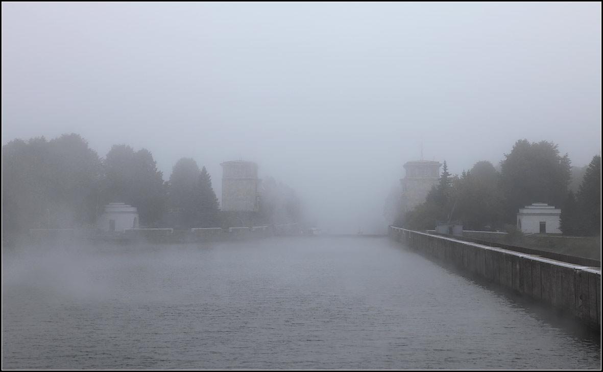 """фото """"ползущий туман"""" метки: пейзаж, вода, осень"""