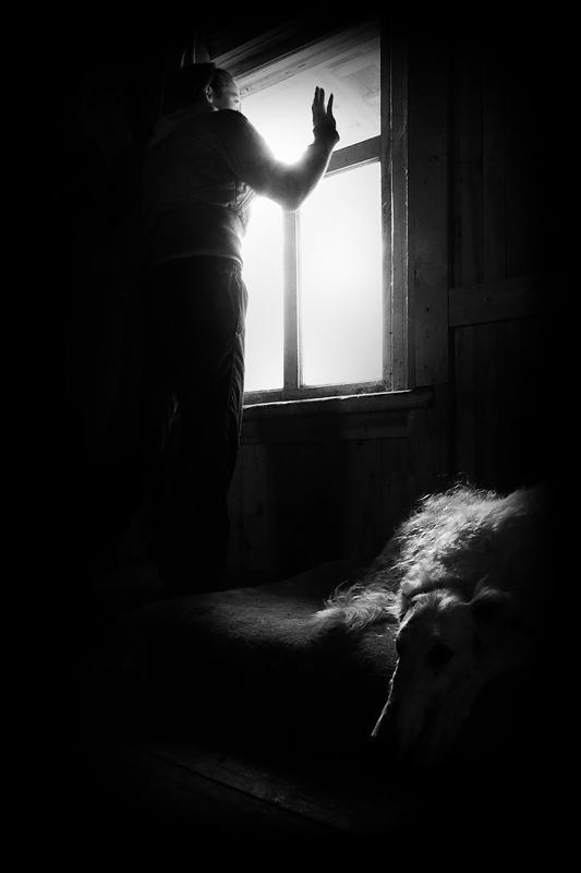 """фото """"Она прощалась..."""" метки: черно-белые, жанр,"""