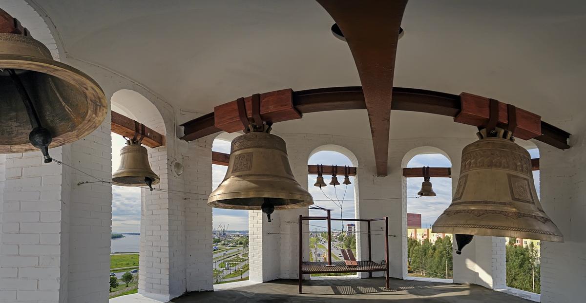 пути картинки колокольня в церкви перевел