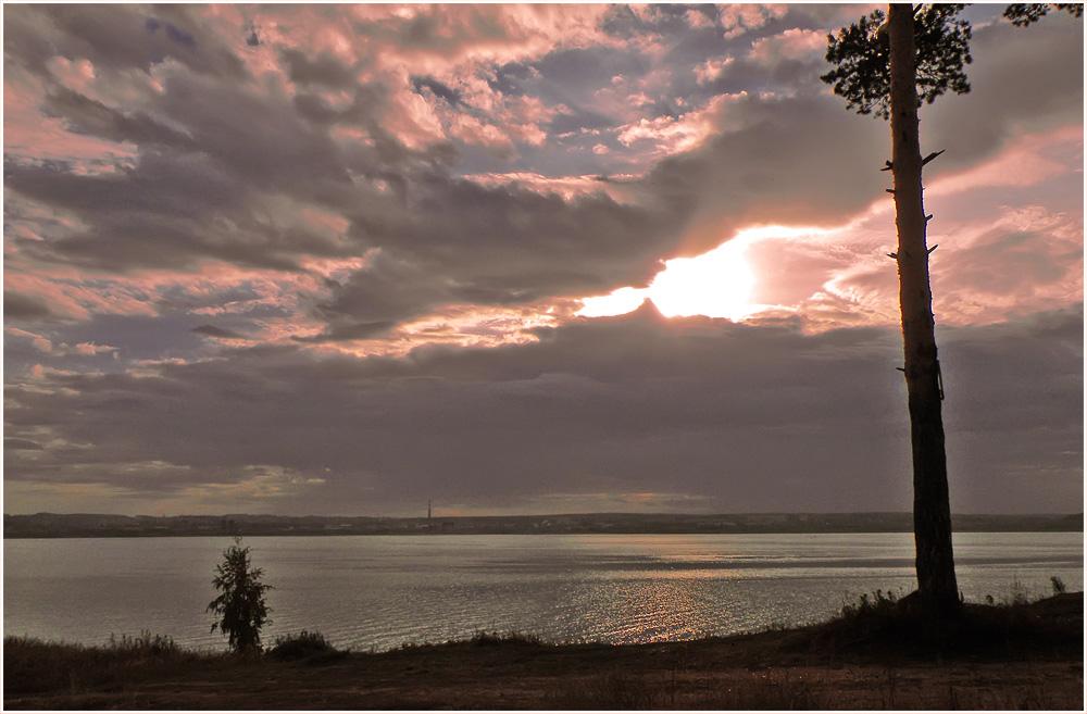 "фото ""Осенний закат."" метки: пейзаж, вода, закат"