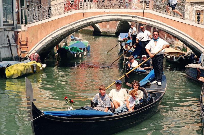 "фото ""The convoy of gondolas / Конвой гондол"" метки: путешествия, репортаж, Европа"