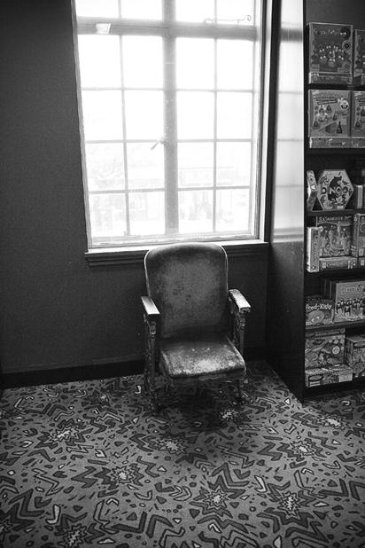 "фото ""The Chair"" метки: черно-белые, натюрморт,"