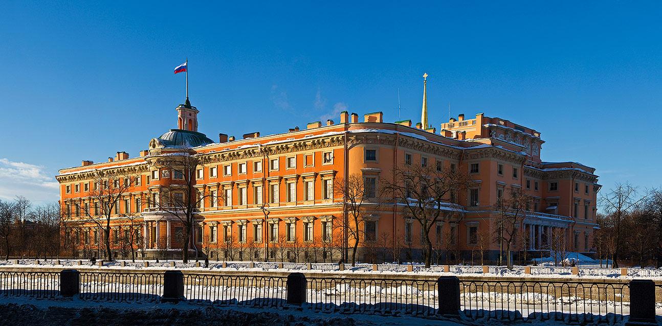 Михайловский замок фото зима