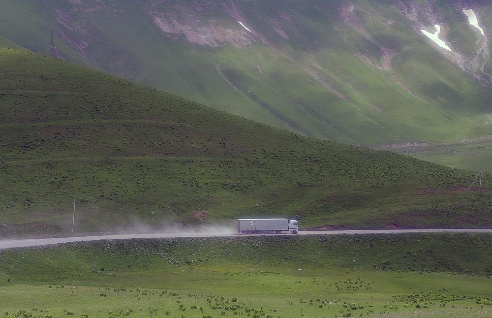 "photo ""Mountain pass ..."" tags: travel,"