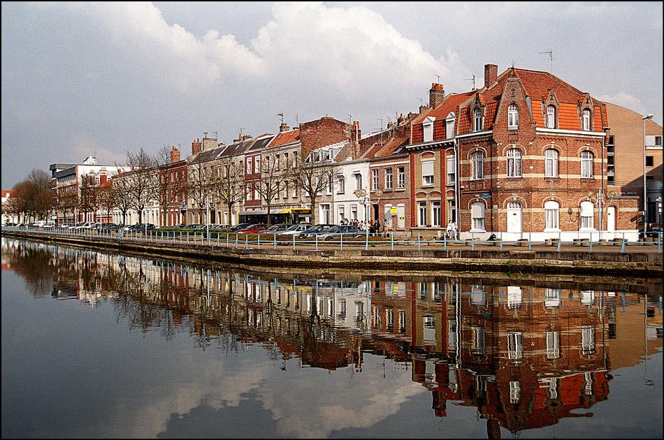 """фото """"Spring reflexes"""" метки: путешествия, пейзаж, город, Европа, отражения, река"""