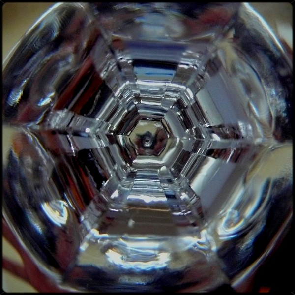 "photo ""glass mandala"" tags: abstract, macro and close-up,"
