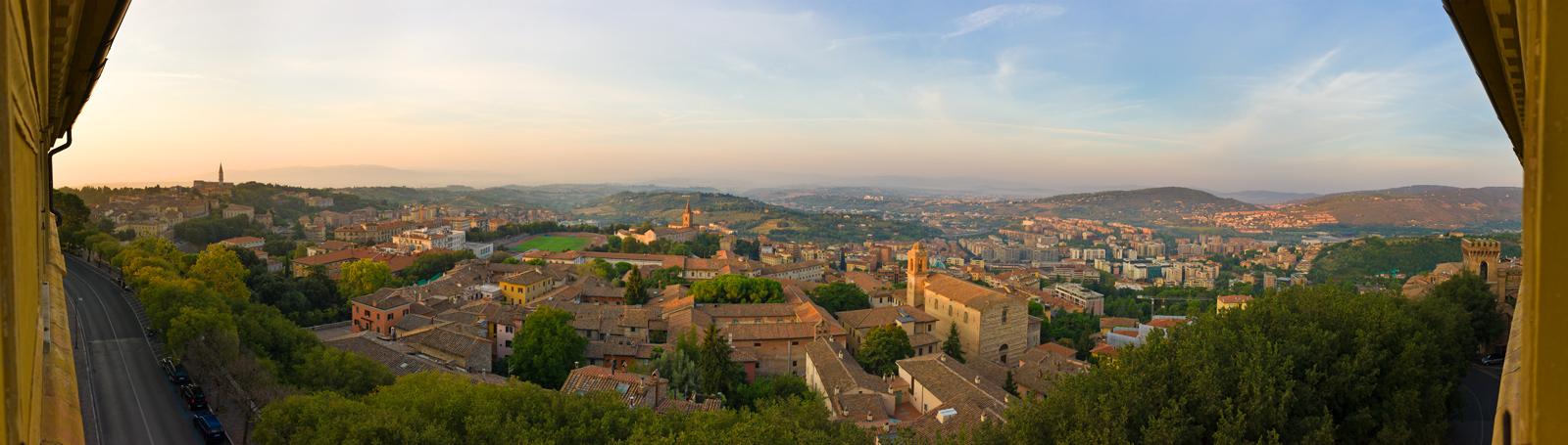 """фото """"А из нашего окна, вся Перуджиа видна!"""" метки: путешествия, панорама, Европа"""