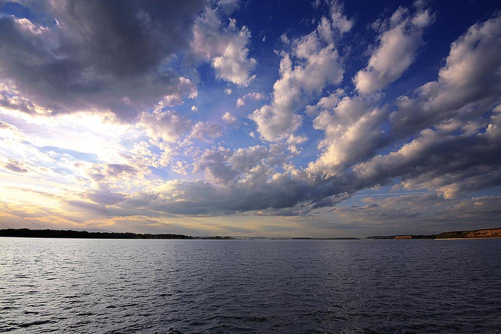 """фото """"Before sunset"""" метки: пейзаж, закат, небо, облака, озеро"""