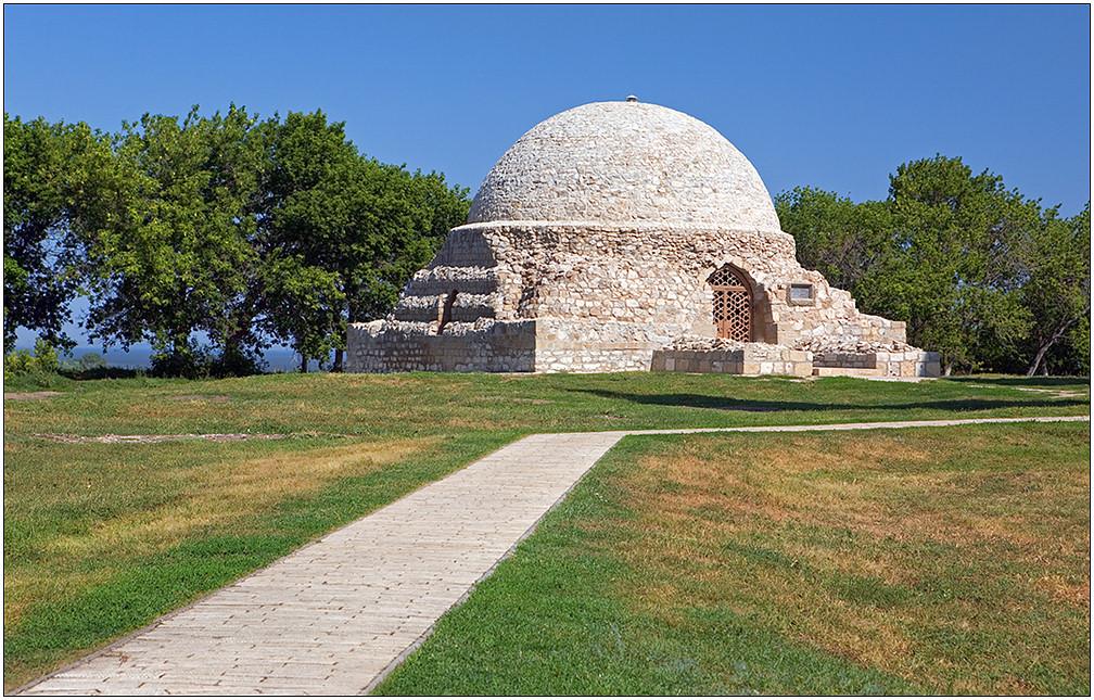 """фото """"Болгар. Северный мавзолей"""" метки: архитектура, путешествия, пейзаж, Европа"""
