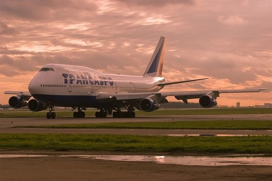 "photo ""Boeing 747"" tags: technics,"