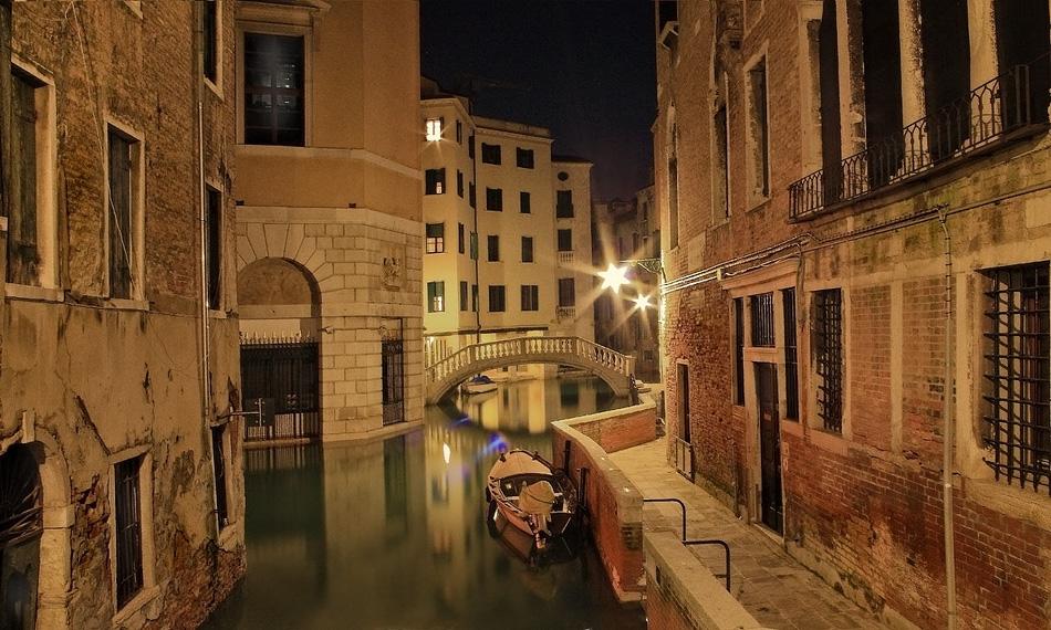 """фото """"Волшебный свет Венеции"""" метки: пейзаж, вода, ночь"""