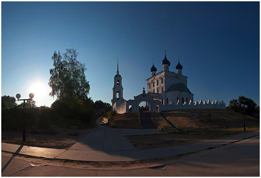 "фото ""Вечер в Катунках"" метки: архитектура, пейзаж,"