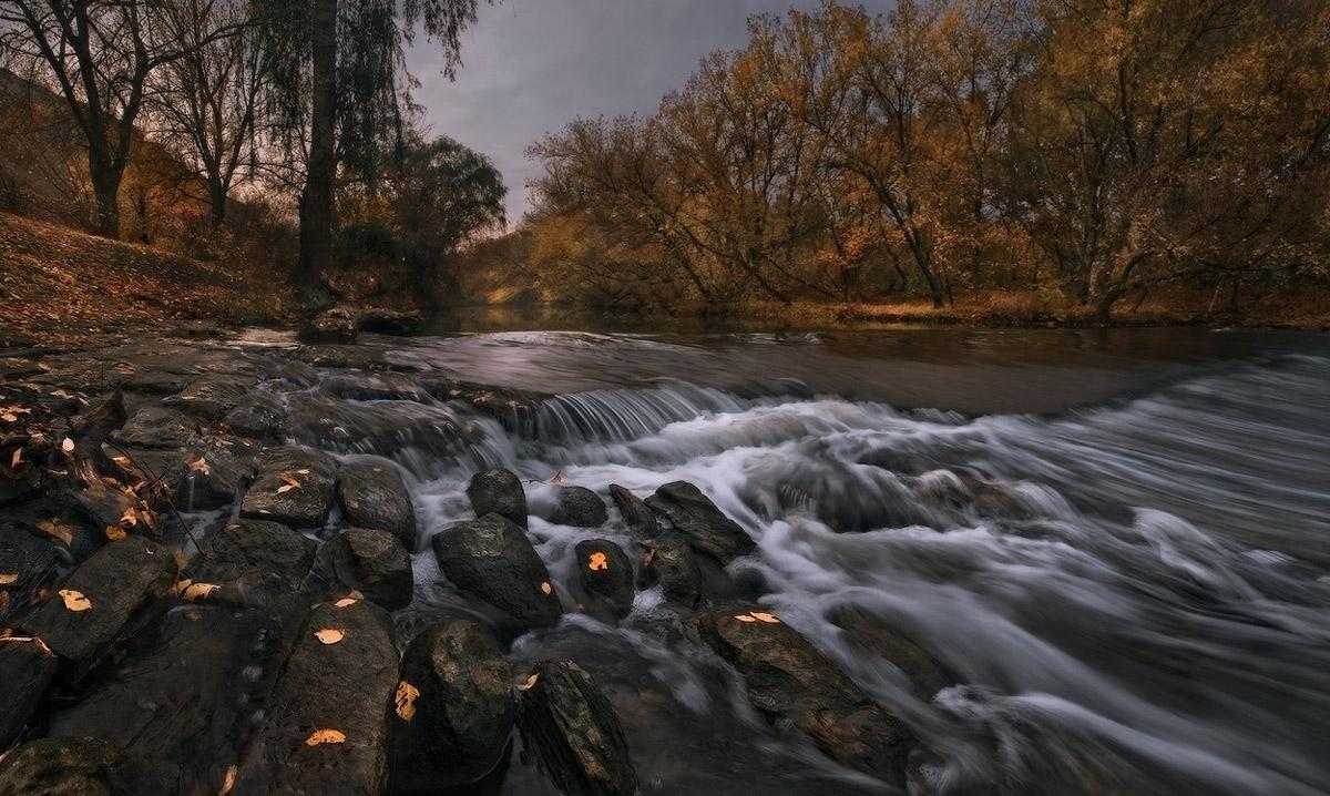 """фото """"У осенней реки"""" метки: пейзаж, осень"""