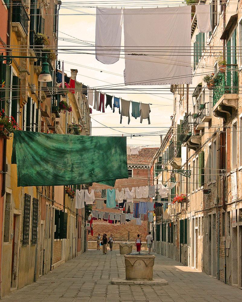 "фото ""cleaning day in Venice"" метки: архитектура, путешествия, пейзаж, Европа"
