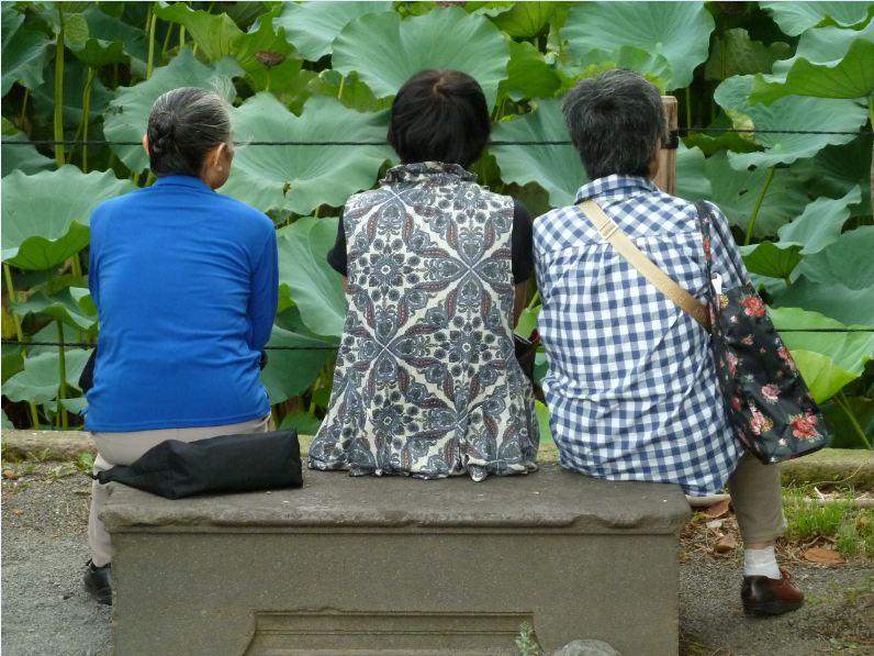 "фото ""Бабушка рядышком c ... бабушкaми"" метки: путешествия, репортаж, Азия"