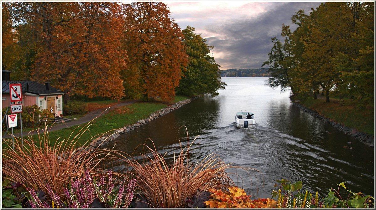 "фото ""Autumn in Stockholm"" метки: пейзаж, вода, осень"