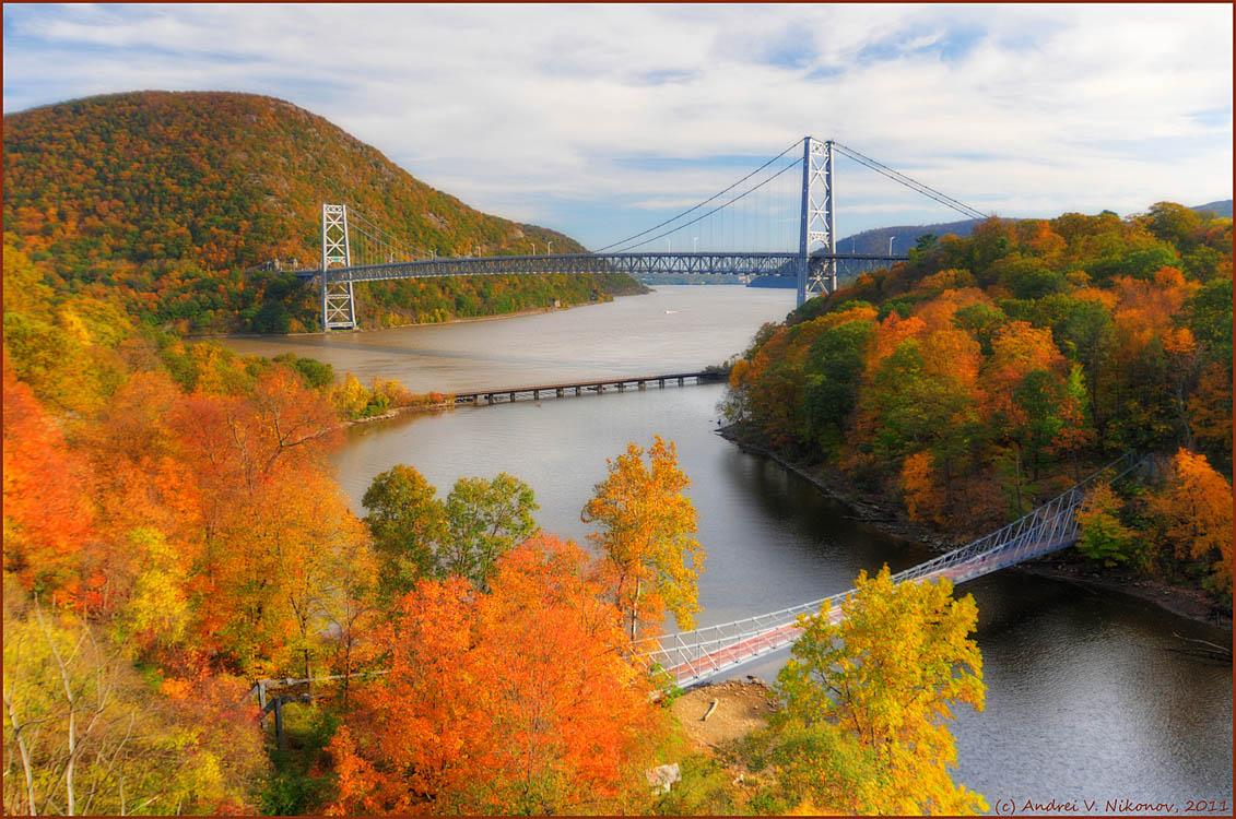 "фото ""Indian summer in Hudson river valley"" метки: пейзаж, природа, Harriman State Park, foliage, горы, лес, мост, осень"