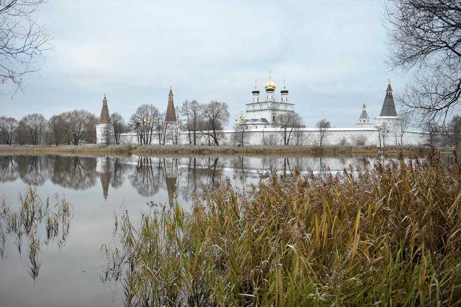 """фото """"Старый монастырь"""" метки: архитектура, пейзаж,"""