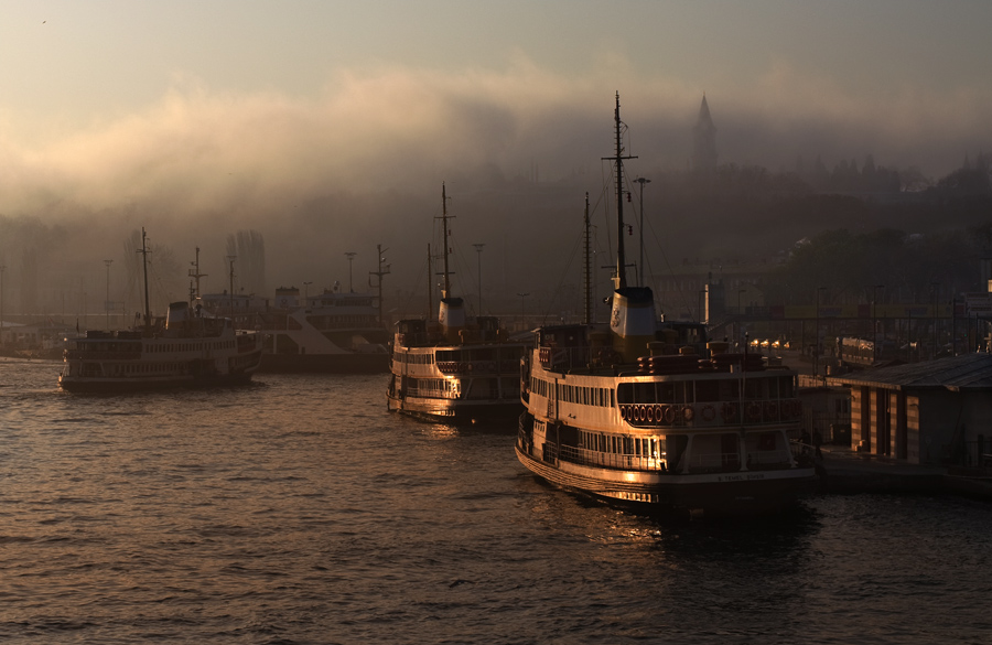 "фото ""foggy city"" метки: пейзаж, город, закат"