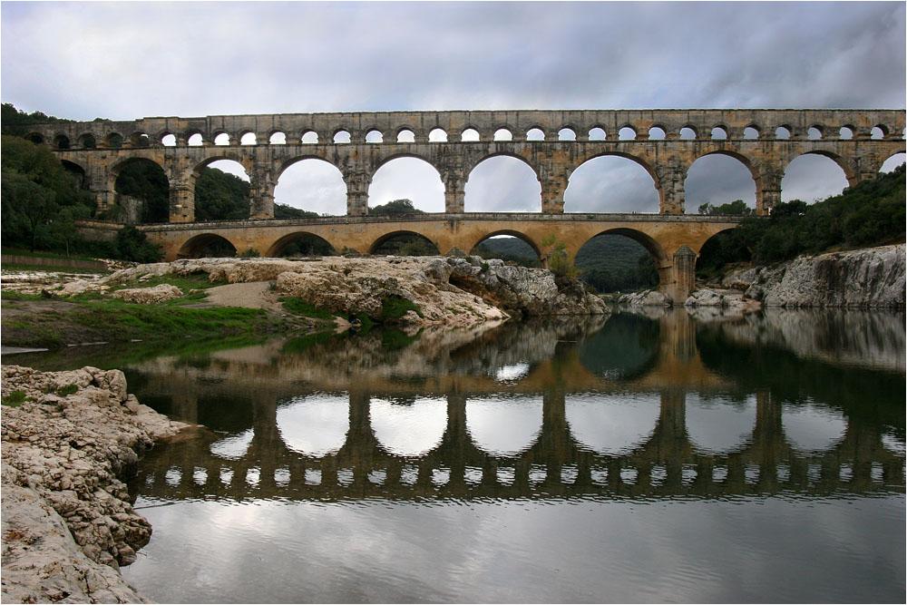 """фото """"Пасмурныи день во Франции"""" метки: архитектура, пейзаж, вода"""