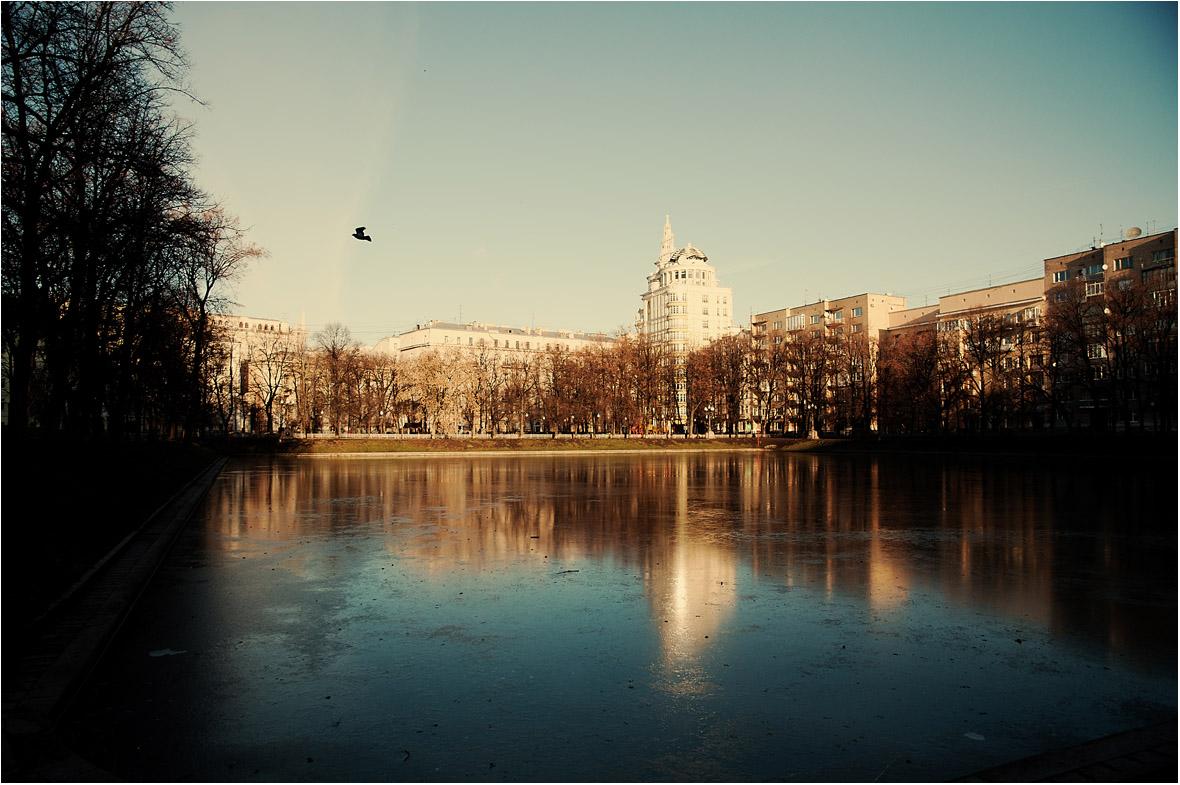 """фото """"Патриаршие в холоде"""" метки: пейзаж, город, вода"""