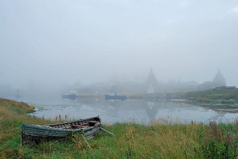 """фото """"Соловецкий монастырь  в утреннем тумане"""" метки: архитектура, пейзаж,"""