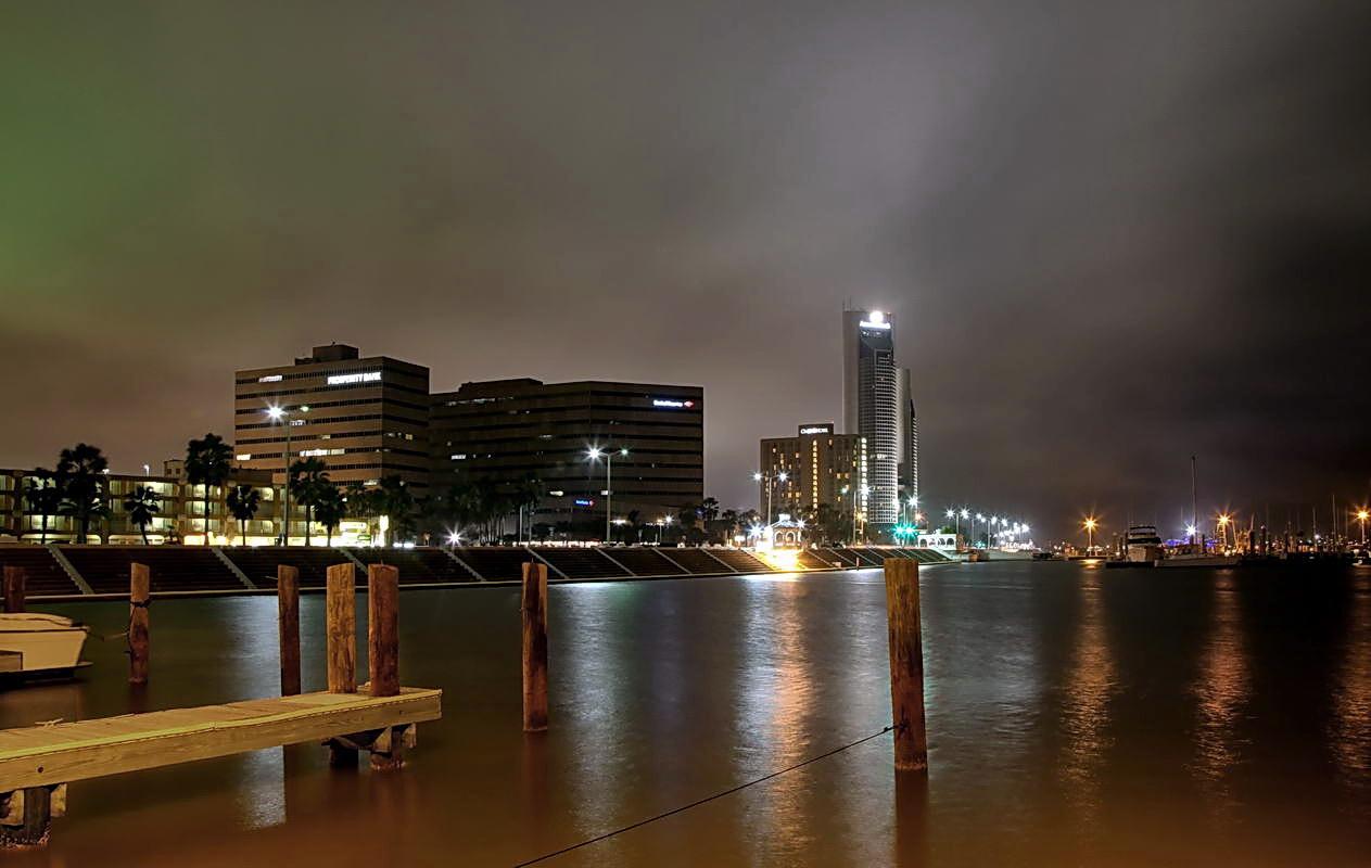"""фото """"Ночной пейзаж #1 (Corpus Christi. USA)"""" метки: пейзаж, путешествия, Северная Америка, вода"""