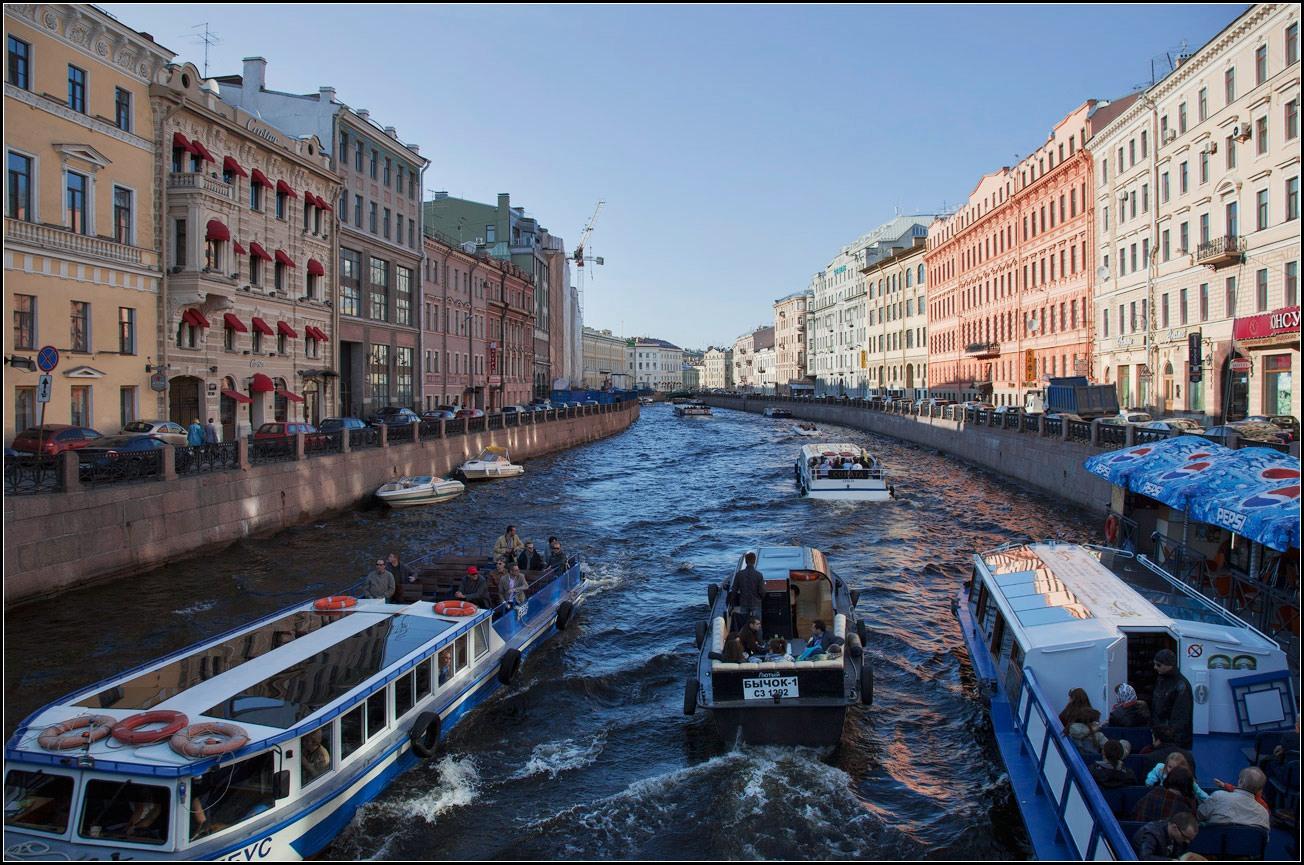 """фото """"Питерские каналы и Бычок))"""" метки: город, пейзаж, вода"""