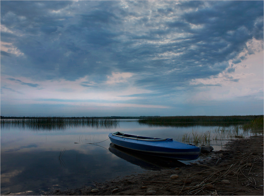 "фото ""Фотодуэль - Одинокая лодка"" метки: пейзаж,"