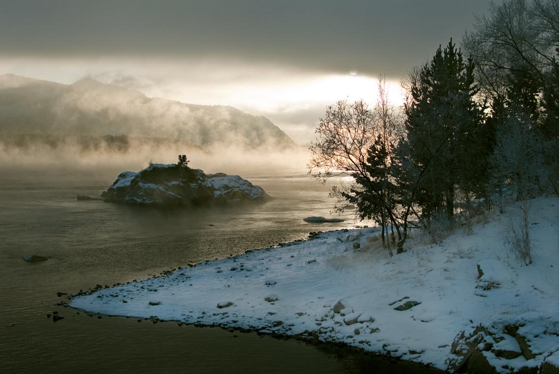 "фото ""Мгла и свет. Противостояние."" метки: пейзаж, вода, зима"