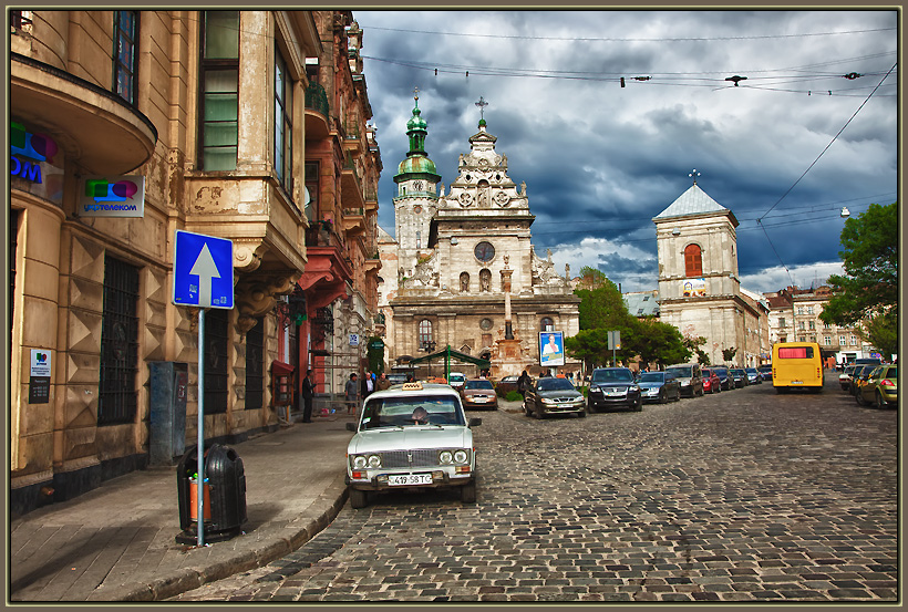 "photo ""Lvov 7737"" tags: architecture, city, landscape,"