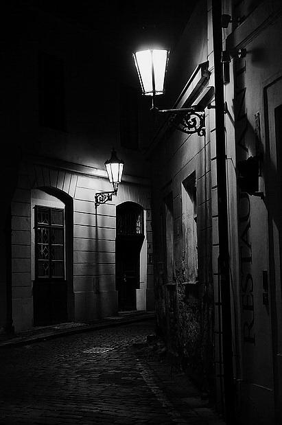 "photo ""Ночной атмосфера-11"" tags: black&white,"